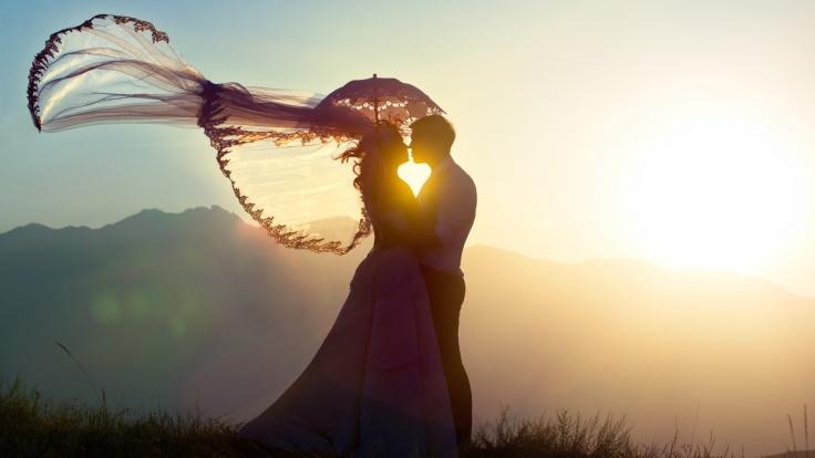 sunset_love_couple_beautiful_wallpaper